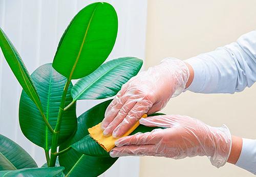 Как сделать красивую заколку из лент своими руками 645