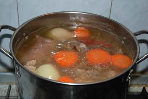 как приготовить холодец из свиной головы
