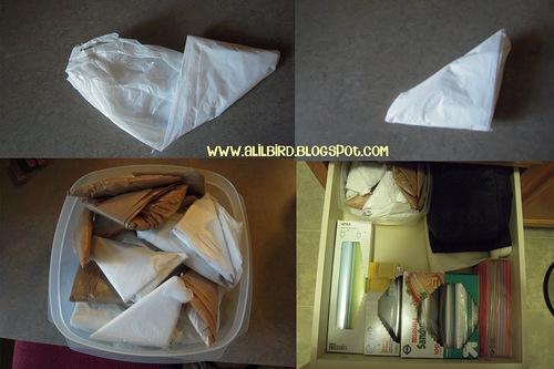 как складывать пластиковые пакеты
