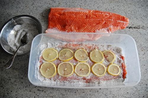 Как правильно посолить в домашних условиях красную рыбу