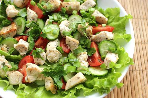 как приготовить салат из курицы