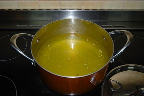 Готовим тайский суп том ям